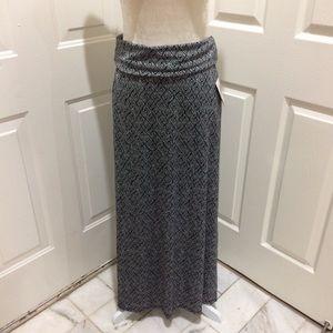 LulaRoe   NWT Black White Maxi Skirt Medium